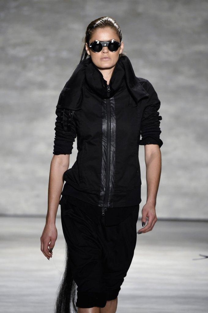 Nicholas-K-spring-2015-runway-fashion-show-the-impression-022