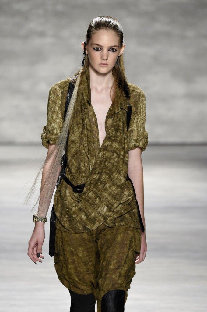Nicholas-K-spring-2015-runway-fashion-show-the-impression-036