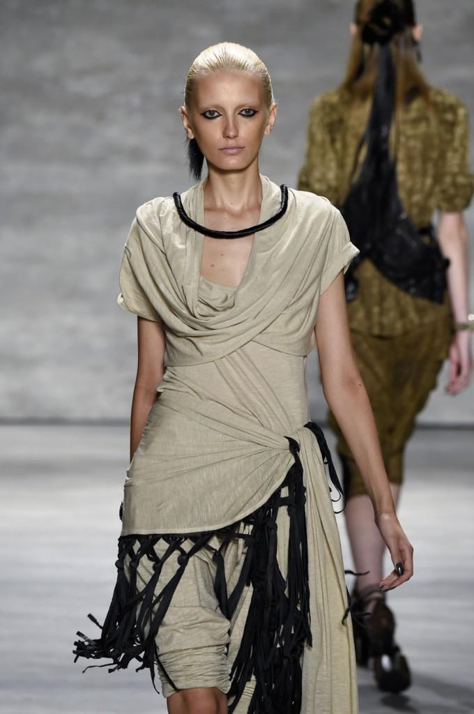 Nicholas-K-spring-2015-runway-fashion-show-the-impression-042