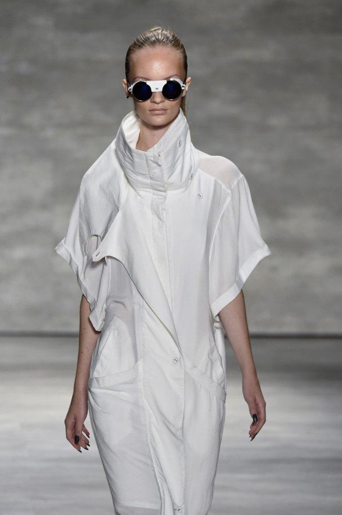 Nicholas-K-spring-2015-runway-fashion-show-the-impression-050