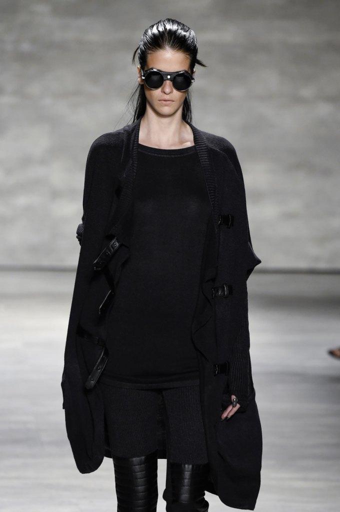 Nicholas-K-spring-2015-runway-fashion-show-the-impression-076