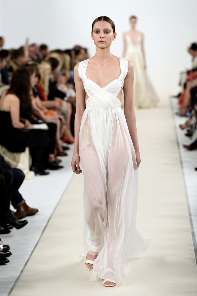 valentino-haute-couture-2015-the-impression-66