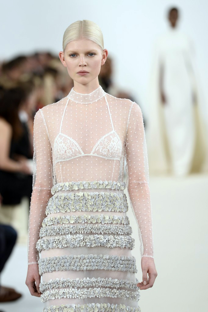 valentino-haute-couture-2015-the-impression-80