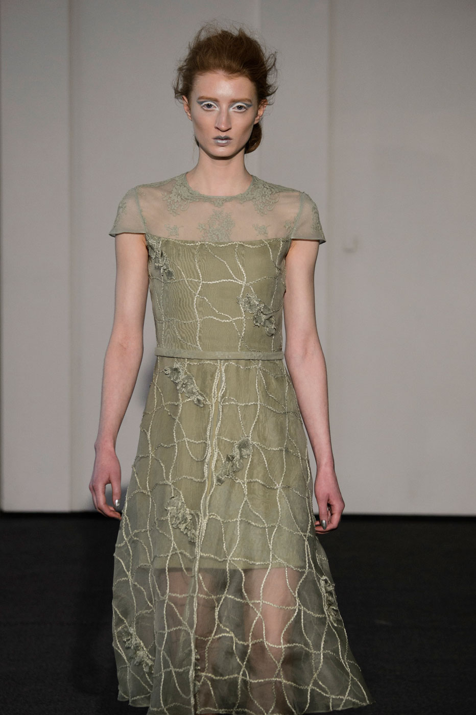 Busardi-fashion-runway-show-haute-couture-paris-spring-2015-the-impression-17
