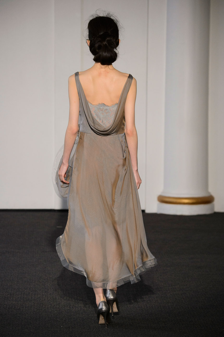 Busardi-fashion-runway-show-haute-couture-paris-spring-2015-the-impression-24