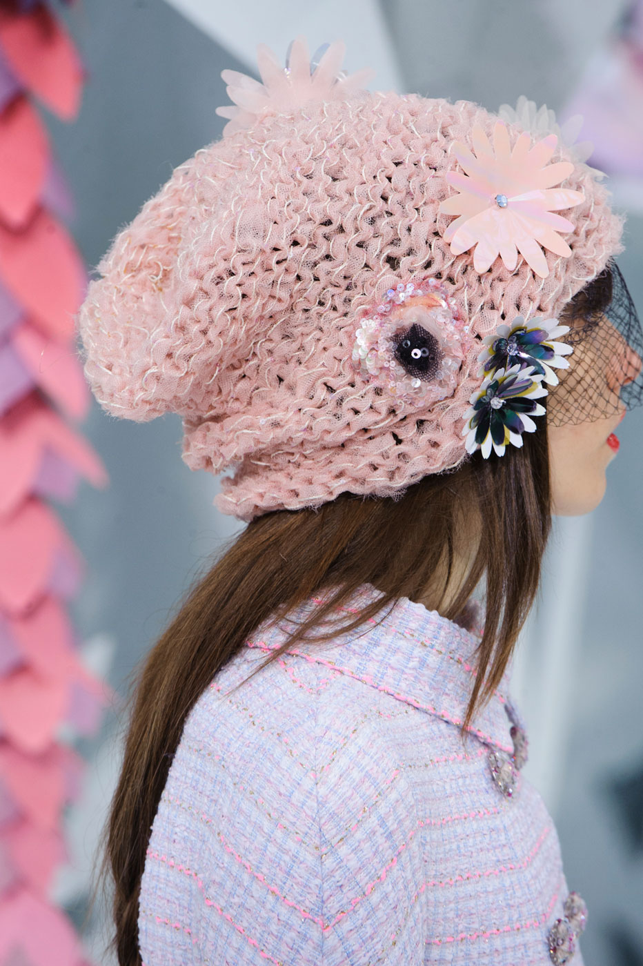 Chanel-fashion-runway-show-close-ups-haute-couture-paris-spring-summer-2015-the-impression-019