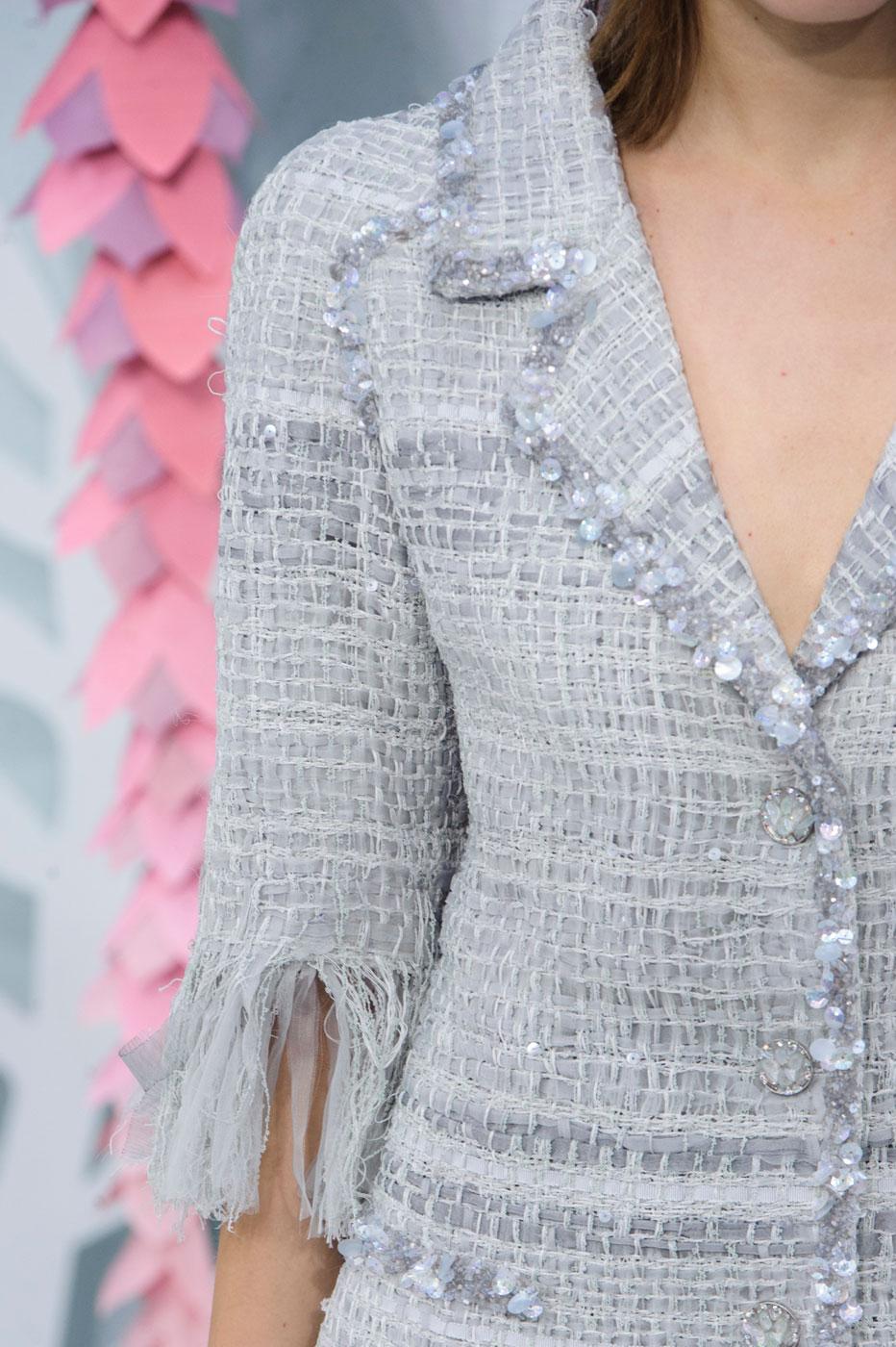 Chanel-fashion-runway-show-close-ups-haute-couture-paris-spring-summer-2015-the-impression-051