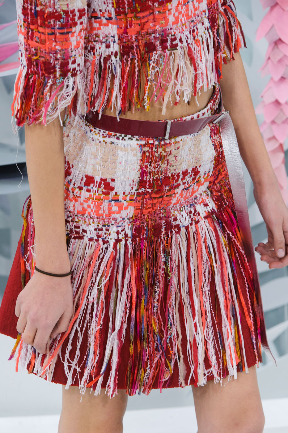 Chanel-fashion-runway-show-close-ups-haute-couture-paris-spring-summer-2015-the-impression-058