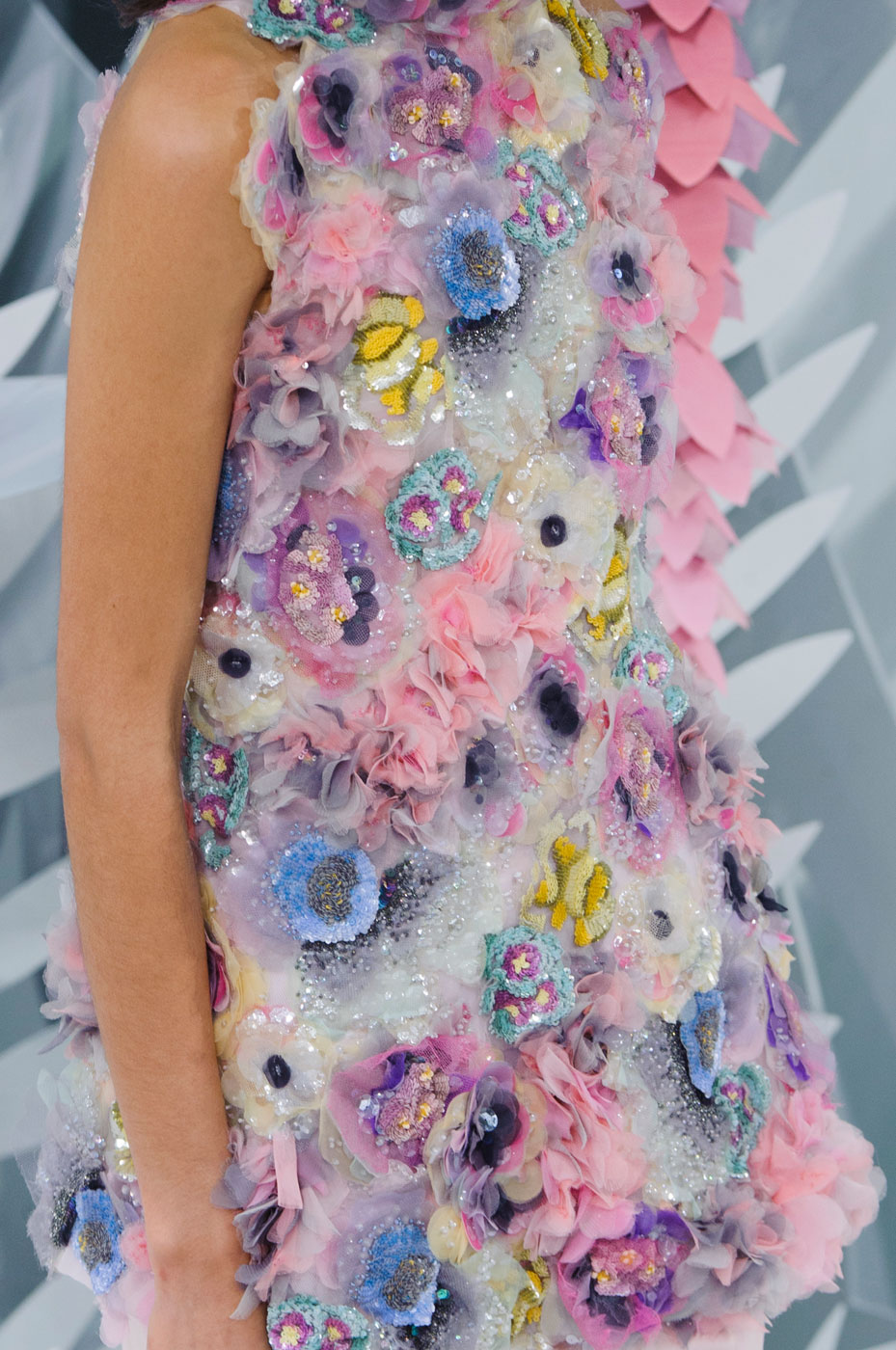 Chanel-fashion-runway-show-close-ups-haute-couture-paris-spring-summer-2015-the-impression-124