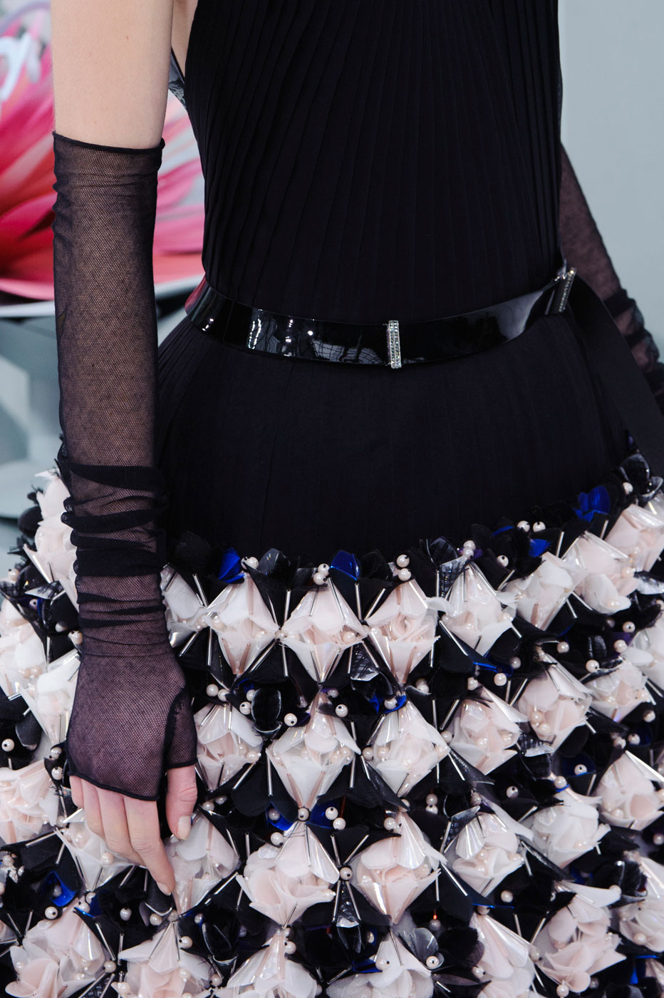 Chanel-fashion-runway-show-close-ups-haute-couture-paris-spring-summer-2015-the-impression-130