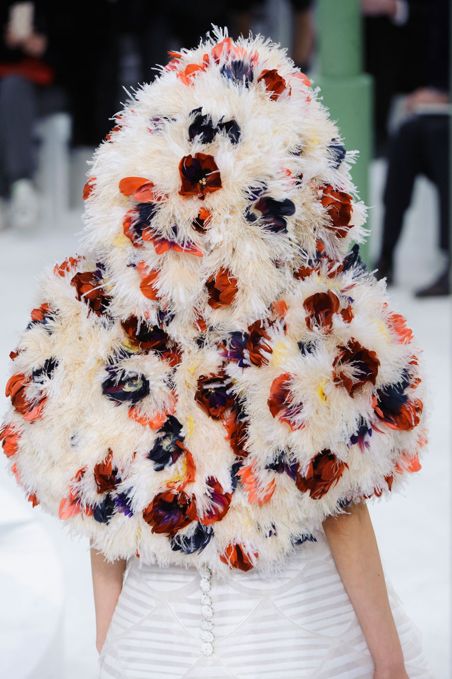 Chanel-fashion-runway-show-close-ups-haute-couture-paris-spring-summer-2015-the-impression-134