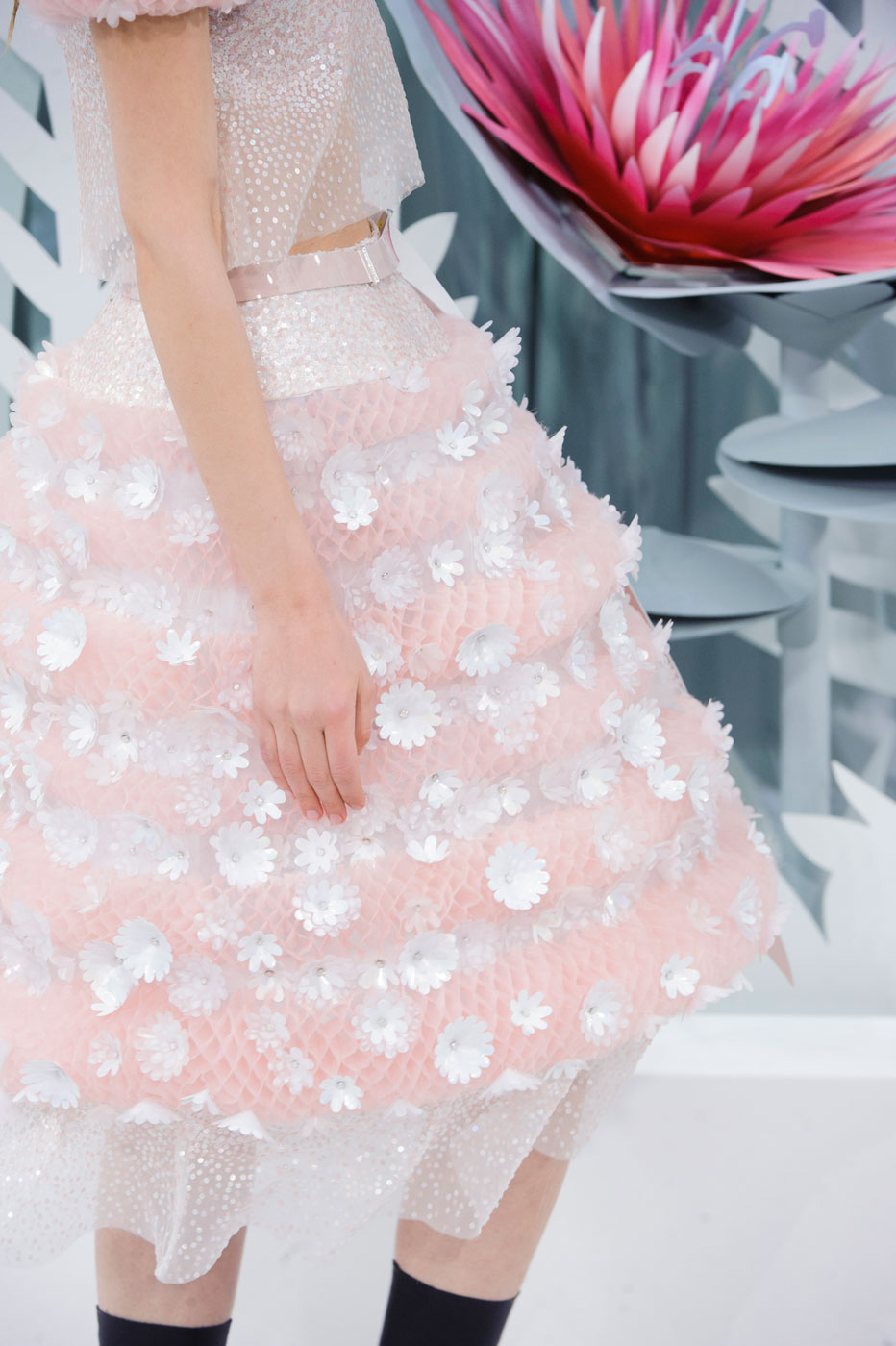 Chanel-fashion-runway-show-close-ups-haute-couture-paris-spring-summer-2015-the-impression-143