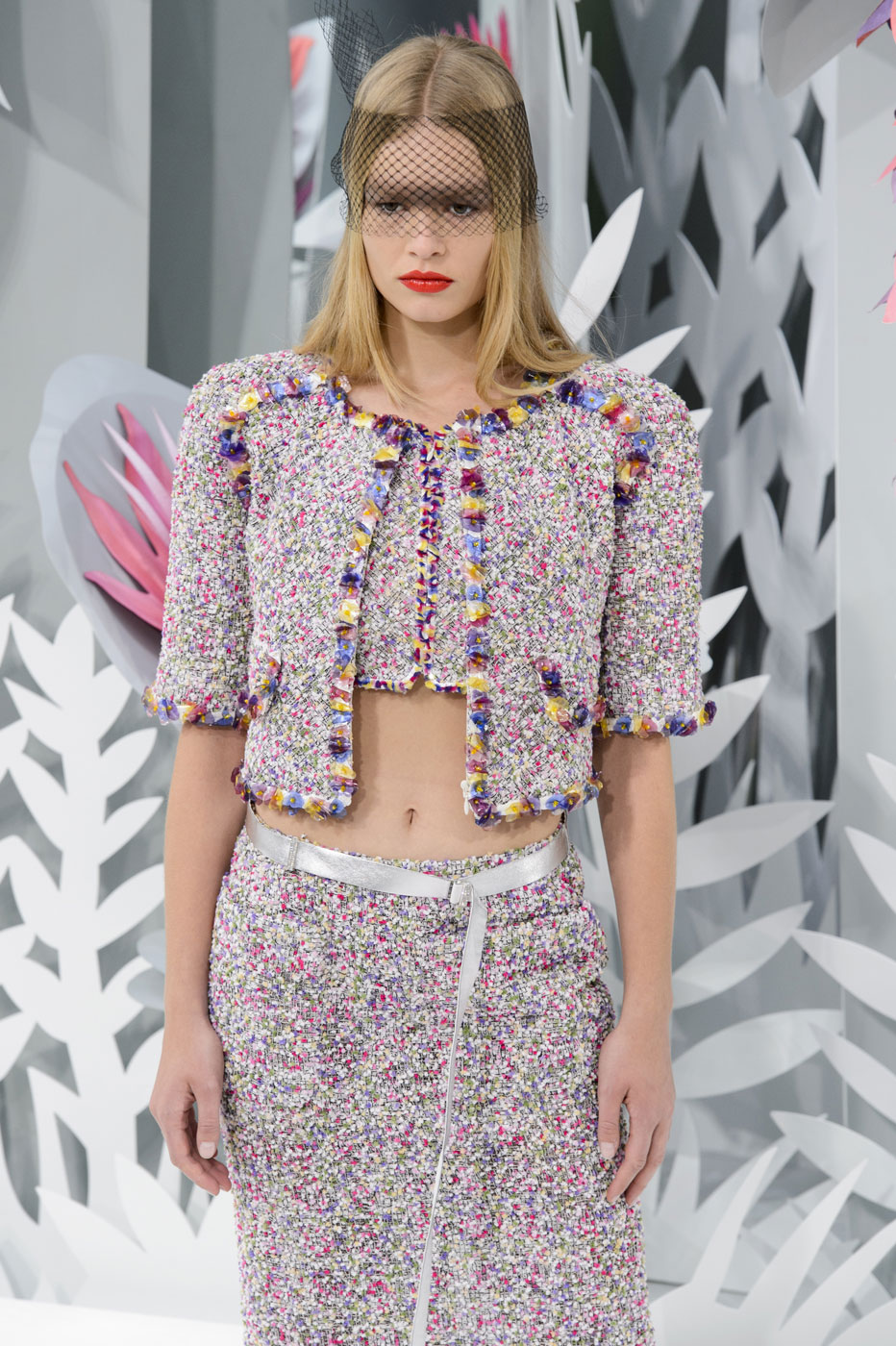 Chanel-fashion-runway-show-haute-couture-paris-spring-summer-2015-the-impression-041