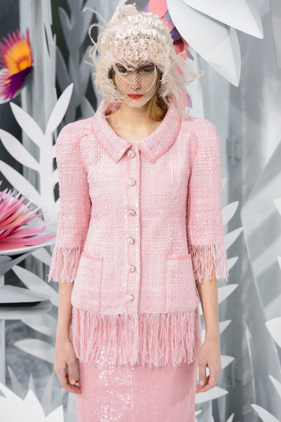 Chanel-fashion-runway-show-haute-couture-paris-spring-summer-2015-the-impression-072