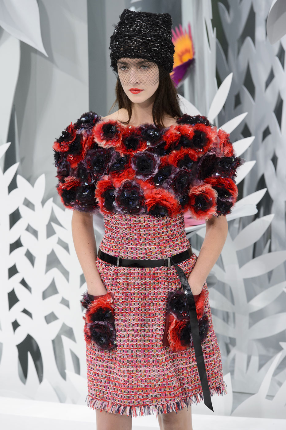 Chanel-fashion-runway-show-haute-couture-paris-spring-summer-2015-the-impression-087