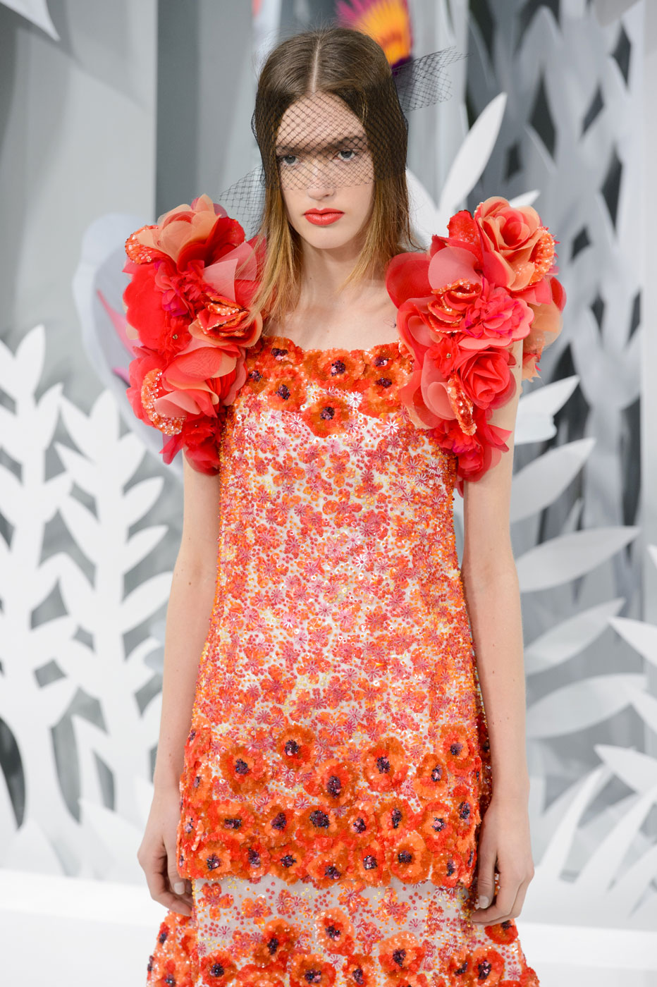 Chanel-fashion-runway-show-haute-couture-paris-spring-summer-2015-the-impression-091