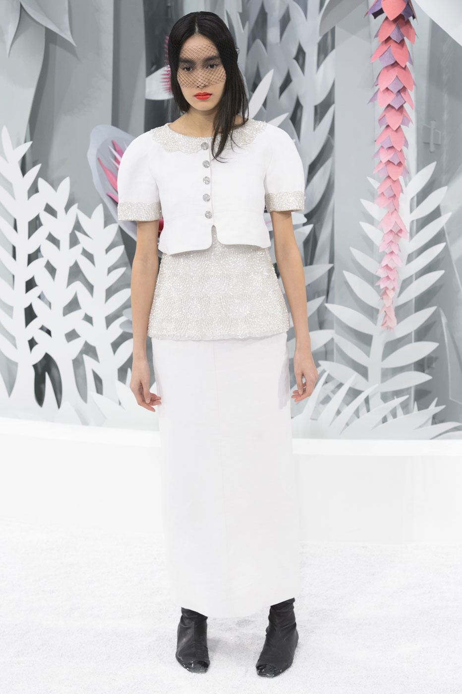 Chanel-fashion-runway-show-haute-couture-paris-spring-summer-2015-the-impression-119