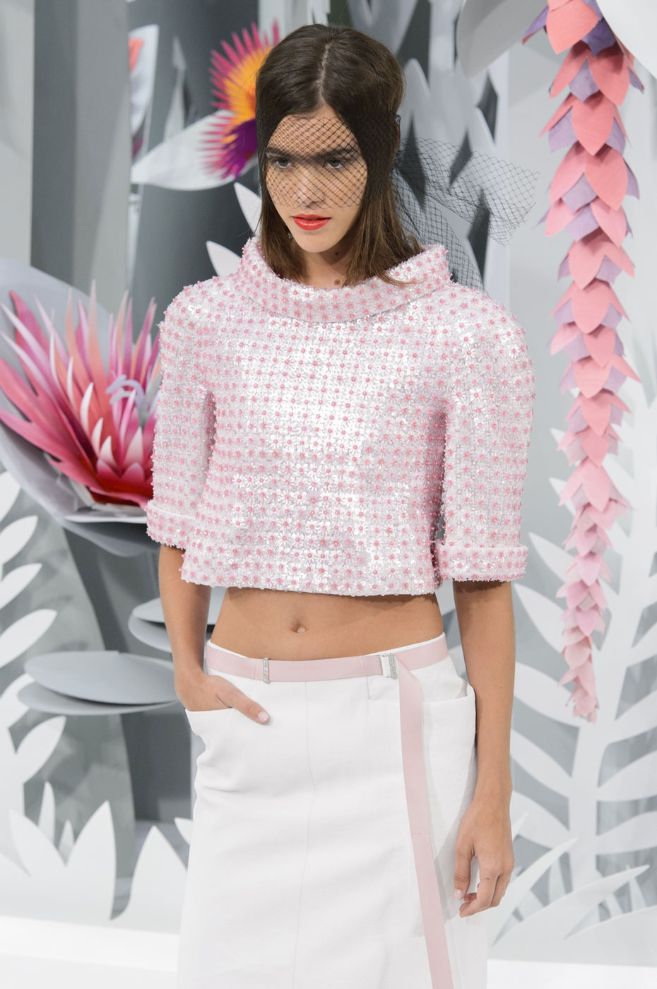 Chanel-fashion-runway-show-haute-couture-paris-spring-summer-2015-the-impression-126