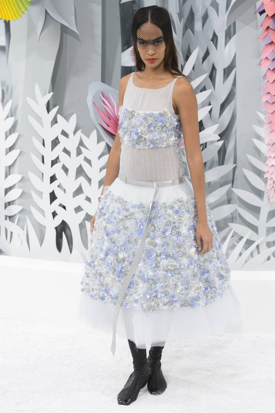 Chanel-fashion-runway-show-haute-couture-paris-spring-summer-2015-the-impression-133