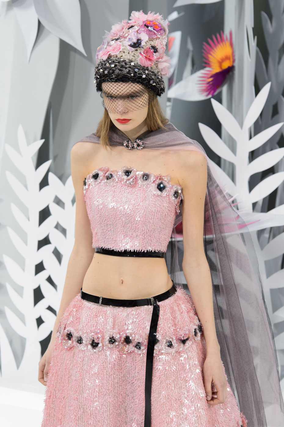 Chanel-fashion-runway-show-haute-couture-paris-spring-summer-2015-the-impression-148