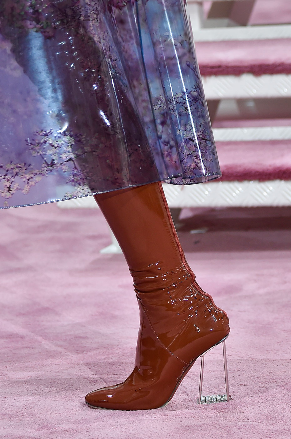 Christian-Dior-fashion-runway-show-close-ups-haute-couture-paris-spring-summer-2015-the-impression-070
