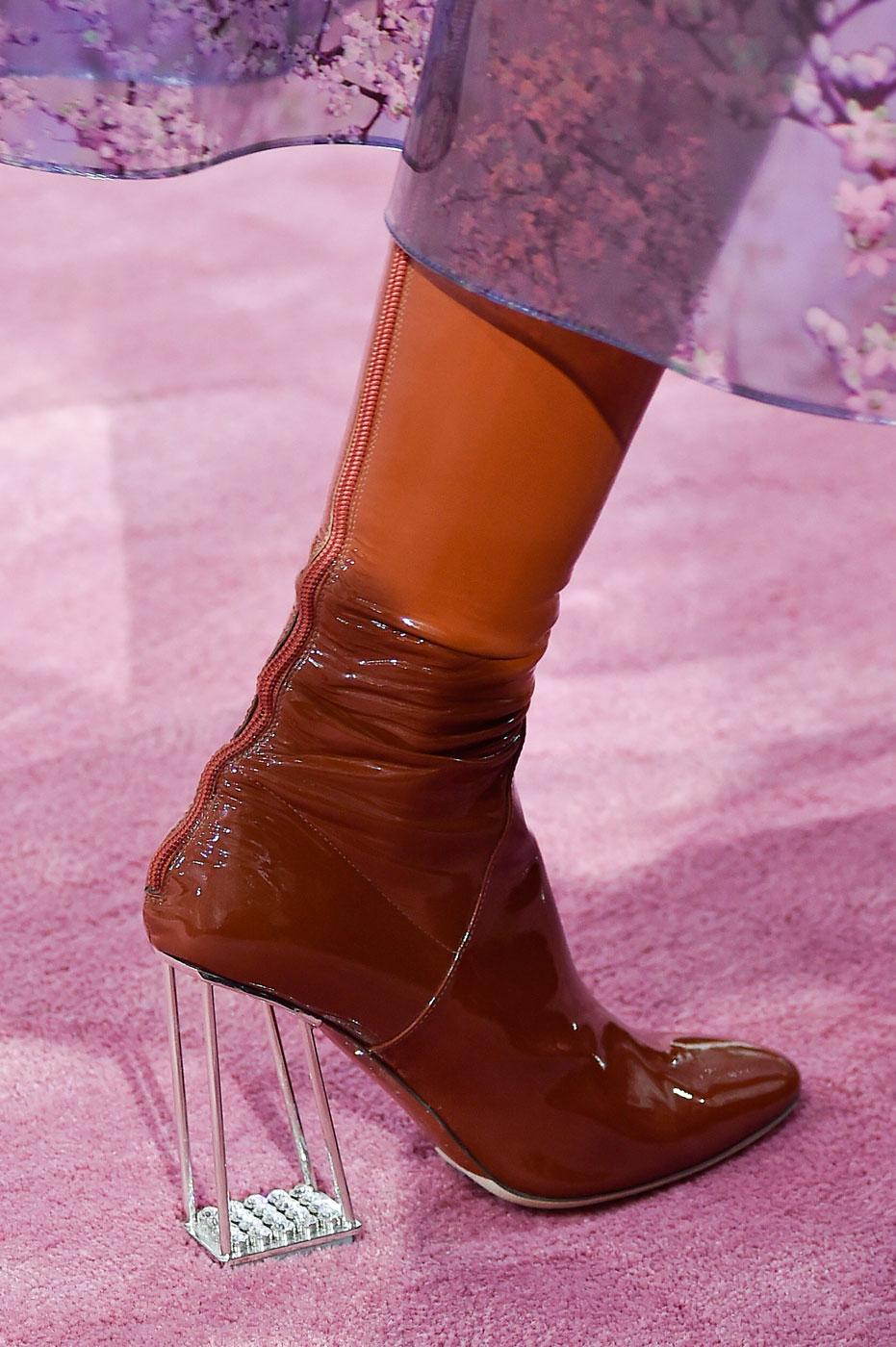 Christian-Dior-fashion-runway-show-close-ups-haute-couture-paris-spring-summer-2015-the-impression-073