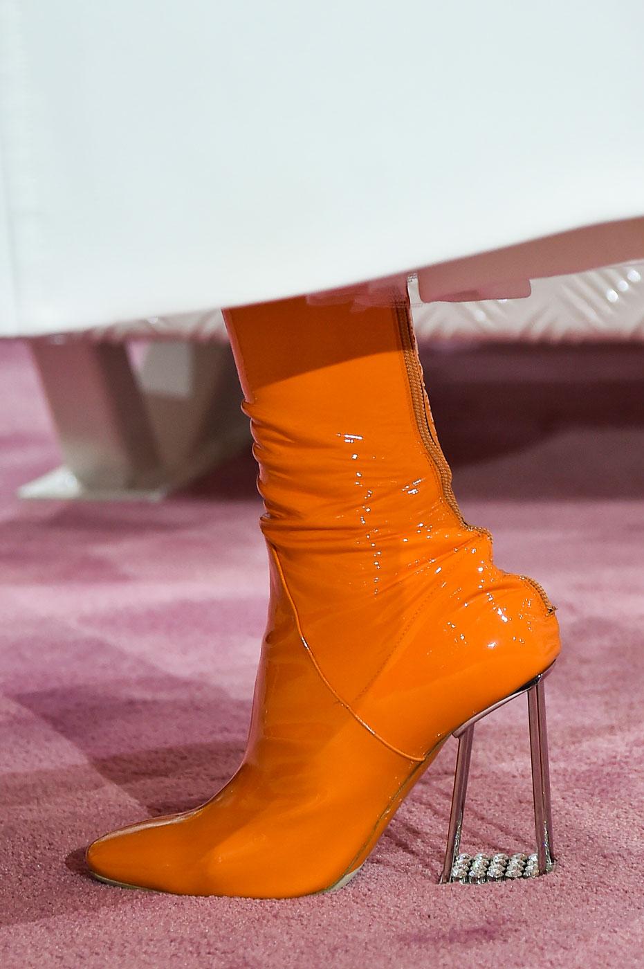 Christian-Dior-fashion-runway-show-close-ups-haute-couture-paris-spring-summer-2015-the-impression-138