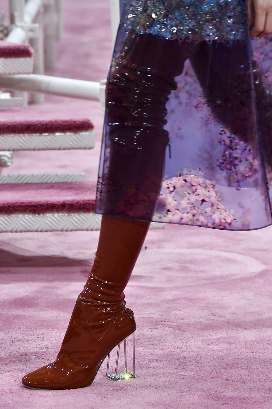 Christian-Dior-fashion-runway-show-close-ups-haute-couture-paris-spring-summer-2015-the-impression-166