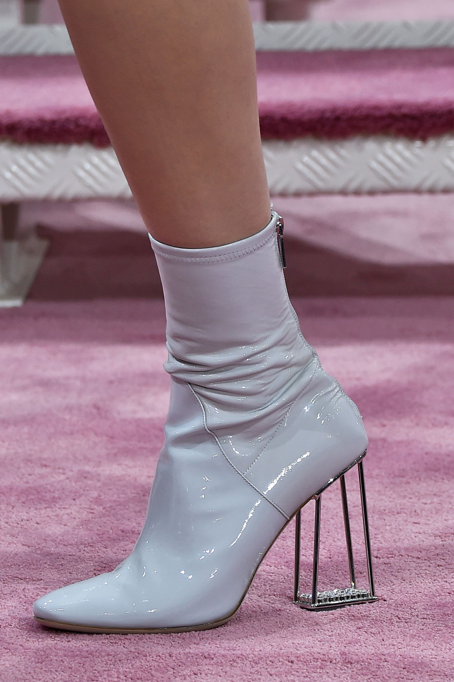 Christian-Dior-fashion-runway-show-close-ups-haute-couture-paris-spring-summer-2015-the-impression-169