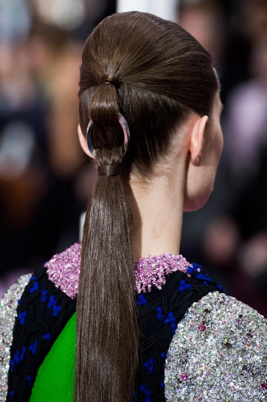 Christian-Dior-fashion-runway-show-close-ups-haute-couture-paris-spring-summer-2015-the-impression-188