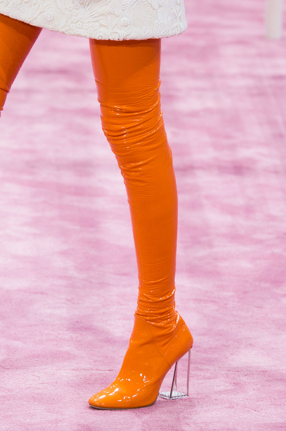 Christian-Dior-fashion-runway-show-close-ups-haute-couture-paris-spring-summer-2015-the-impression-201