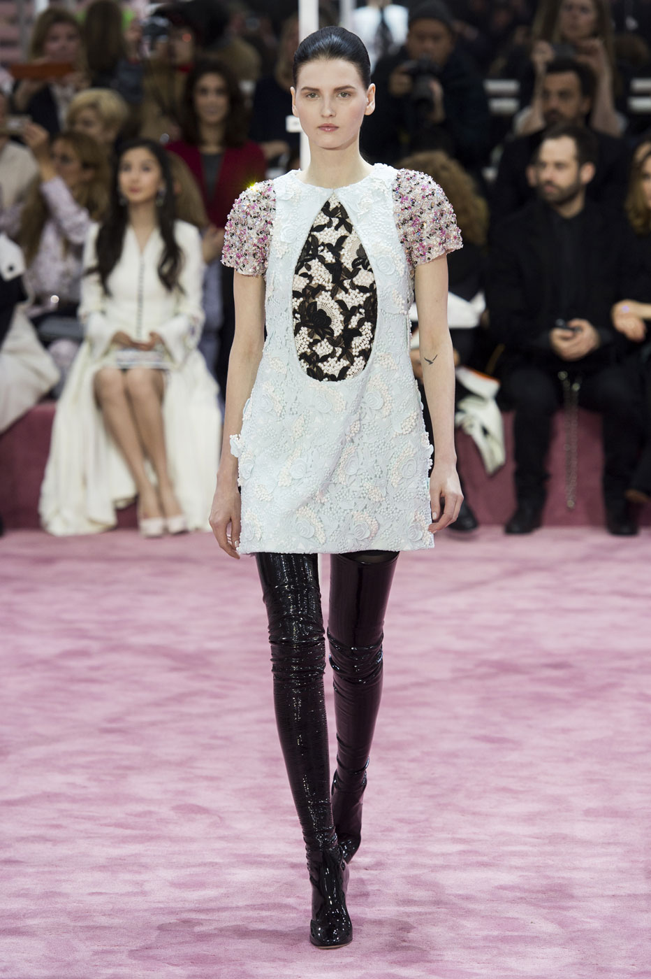 Christian-Dior-fashion-runway-show-haute-couture-paris-spring-summer-2015-the-impression-027