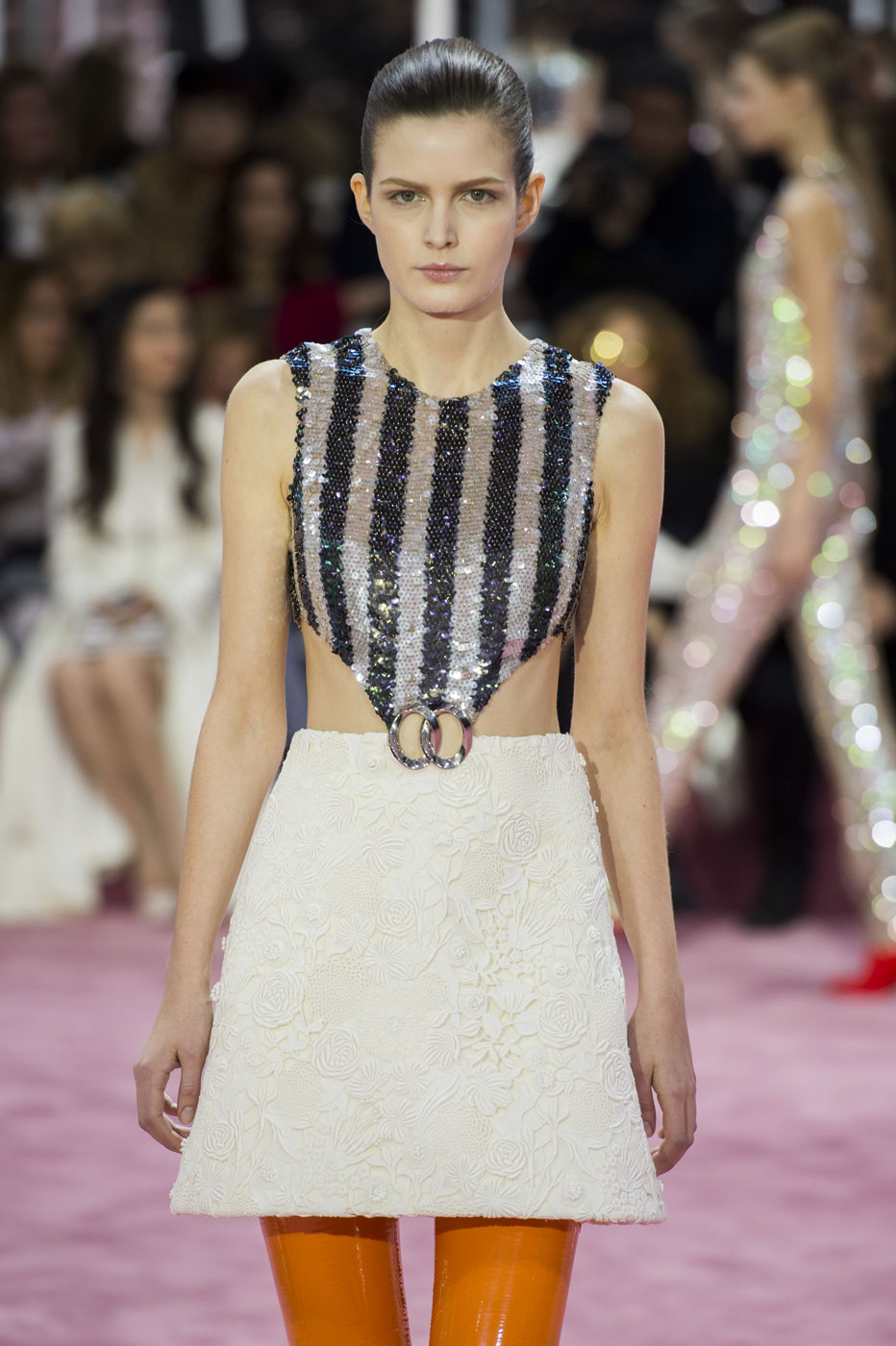Christian-Dior-fashion-runway-show-haute-couture-paris-spring-summer-2015-the-impression-064
