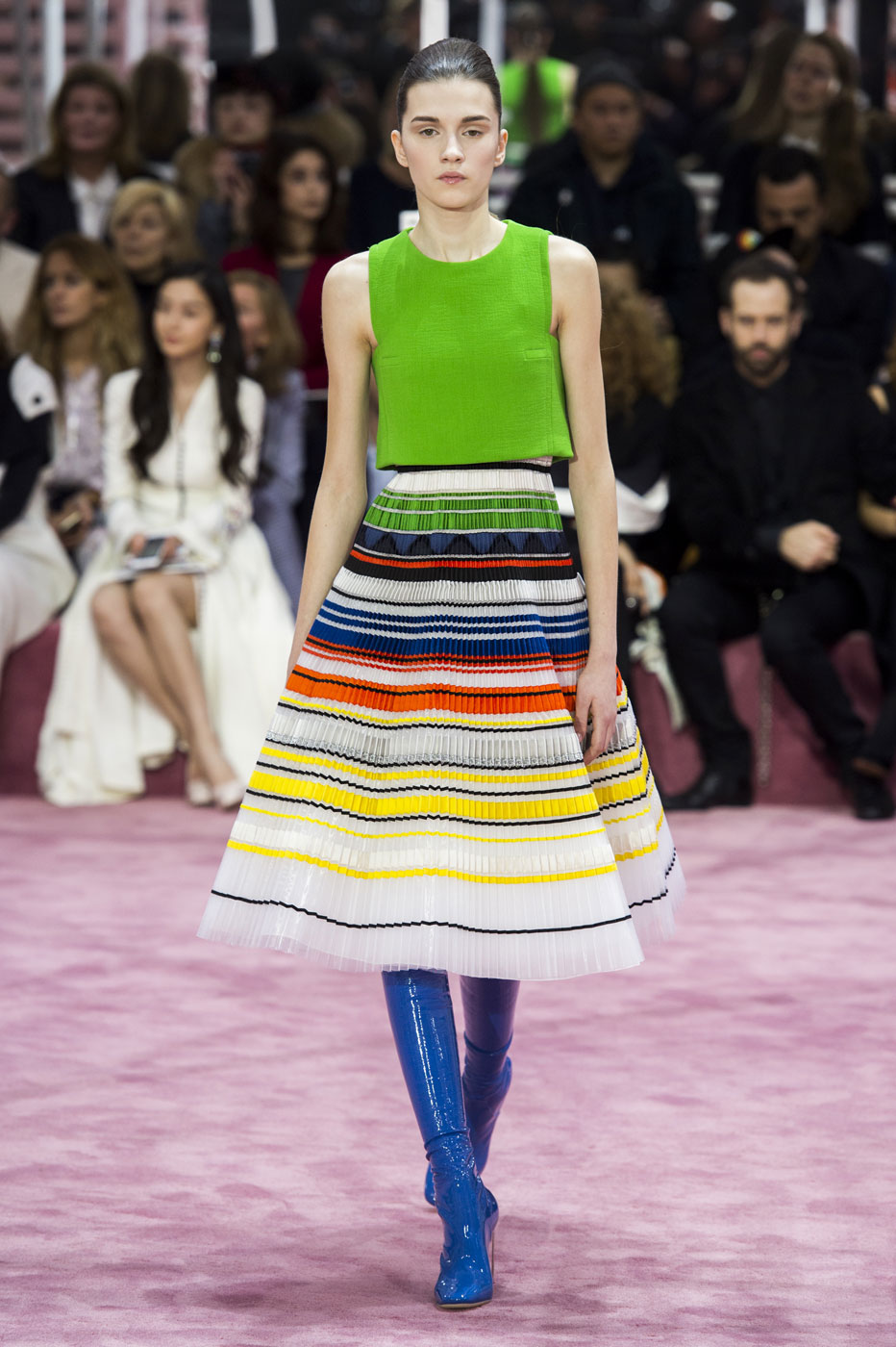 Christian-Dior-fashion-runway-show-haute-couture-paris-spring-summer-2015-the-impression-092