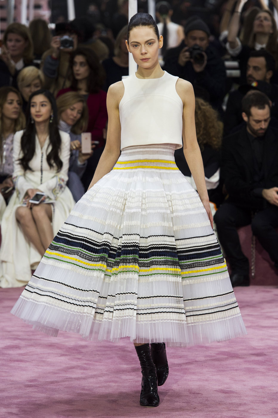 Christian-Dior-fashion-runway-show-haute-couture-paris-spring-summer-2015-the-impression-108