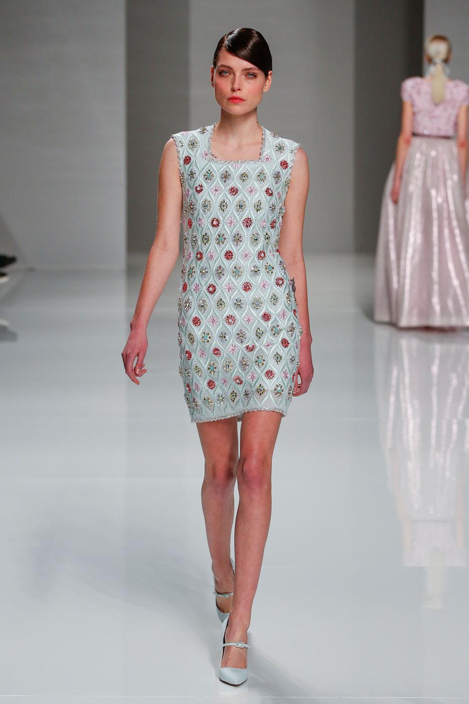 Georges-Hobeika-fashion-runway-show-haute-couture-paris-spring-2015-the-impression-15