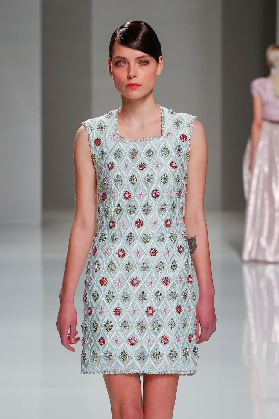 Georges-Hobeika-fashion-runway-show-haute-couture-paris-spring-2015-the-impression-16