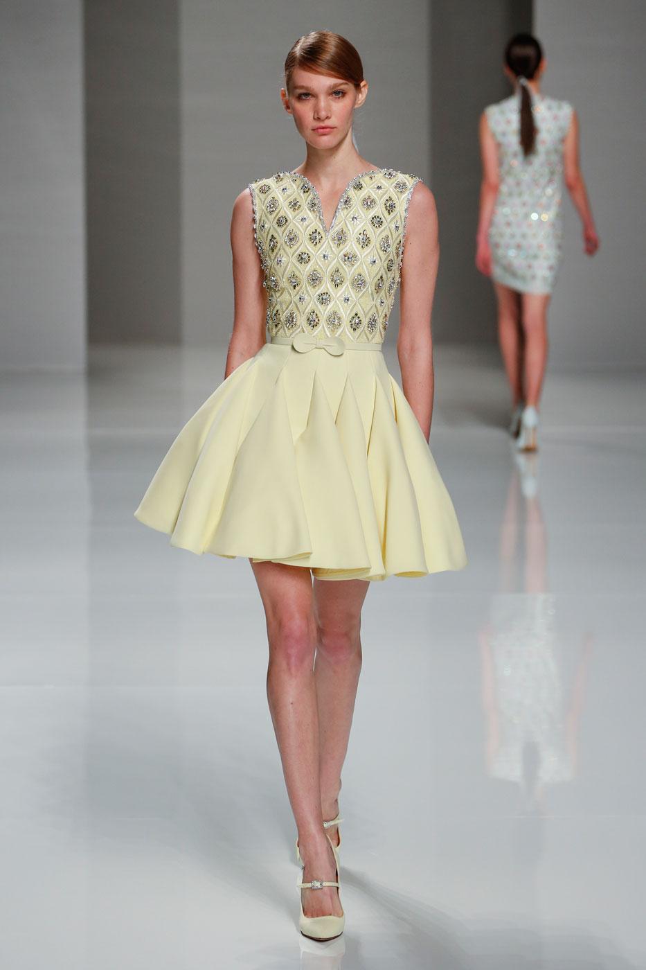 Georges-Hobeika-fashion-runway-show-haute-couture-paris-spring-2015-the-impression-17
