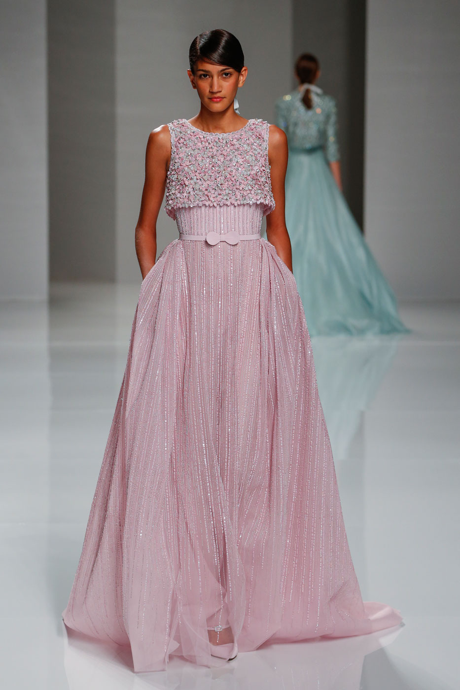 Georges-Hobeika-fashion-runway-show-haute-couture-paris-spring-2015-the-impression-21