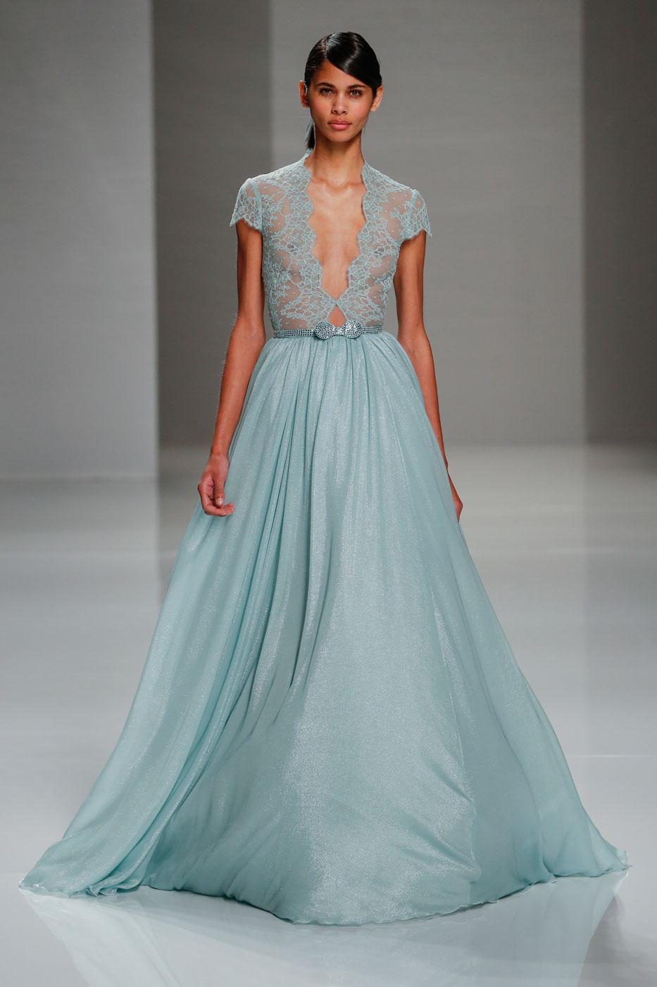 Georges-Hobeika-fashion-runway-show-haute-couture-paris-spring-2015-the-impression-41