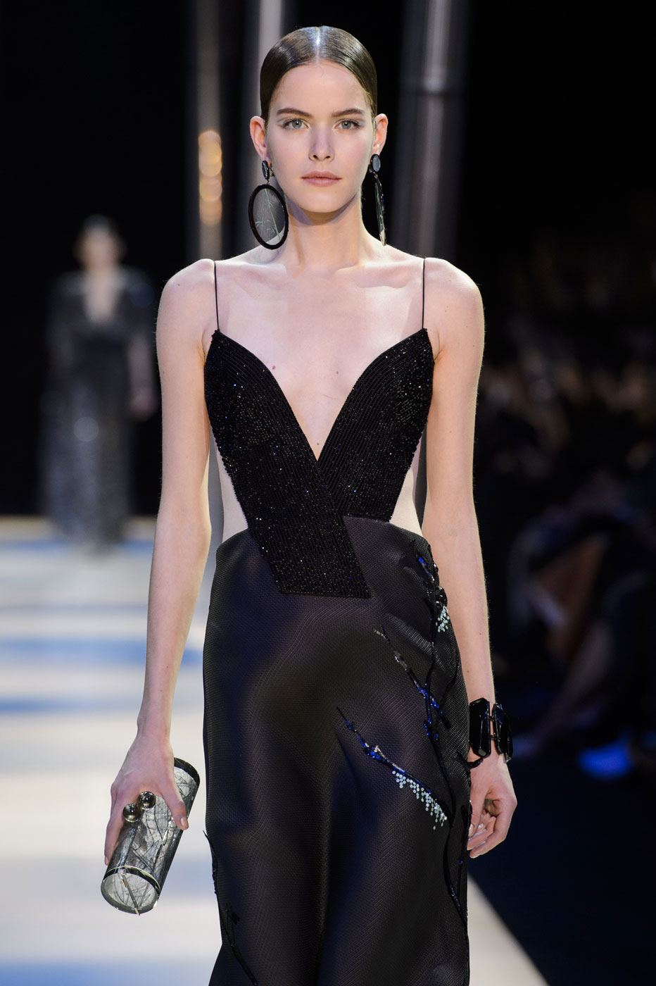 Giorgio-armani-Prive-fashion-runway-show-haute-couture-paris-spring-2015-the-impression-108