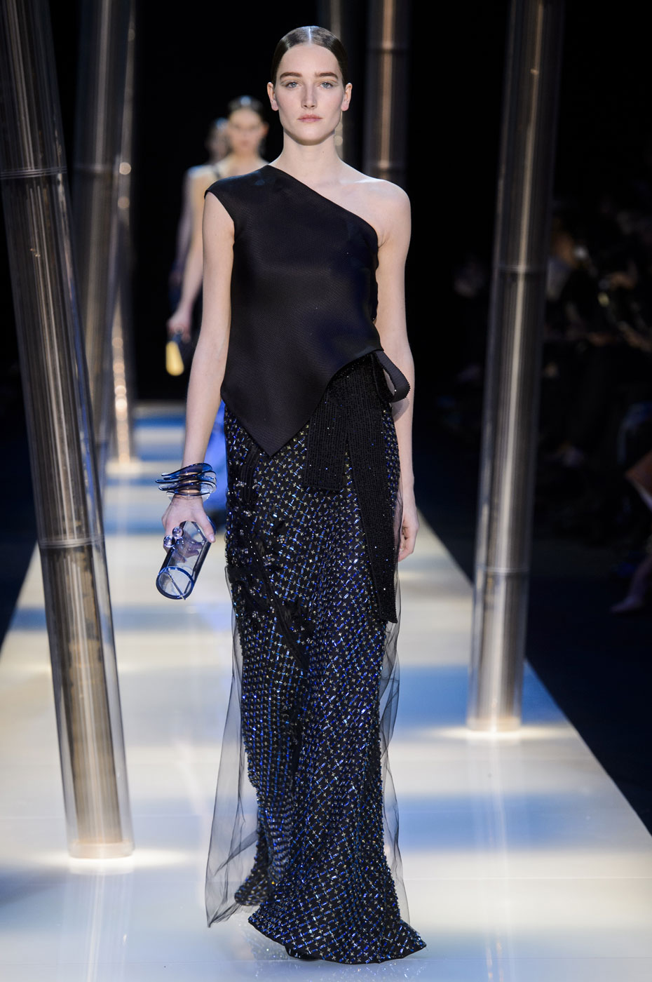 Giorgio-armani-Prive-fashion-runway-show-haute-couture-paris-spring-2015-the-impression-133