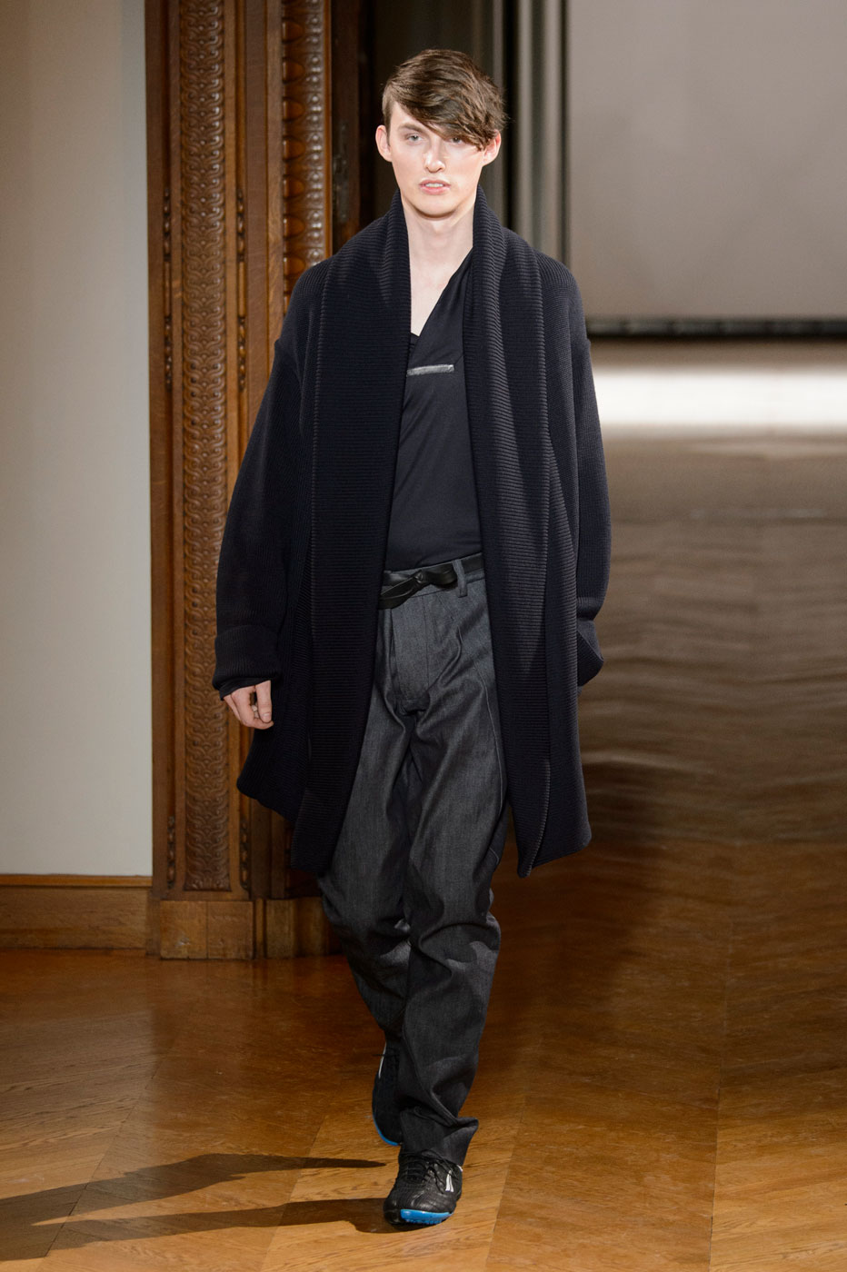 Gustavolins-Prive-fashion-runway-show-haute-couture-paris-spring-2015-the-impression-25