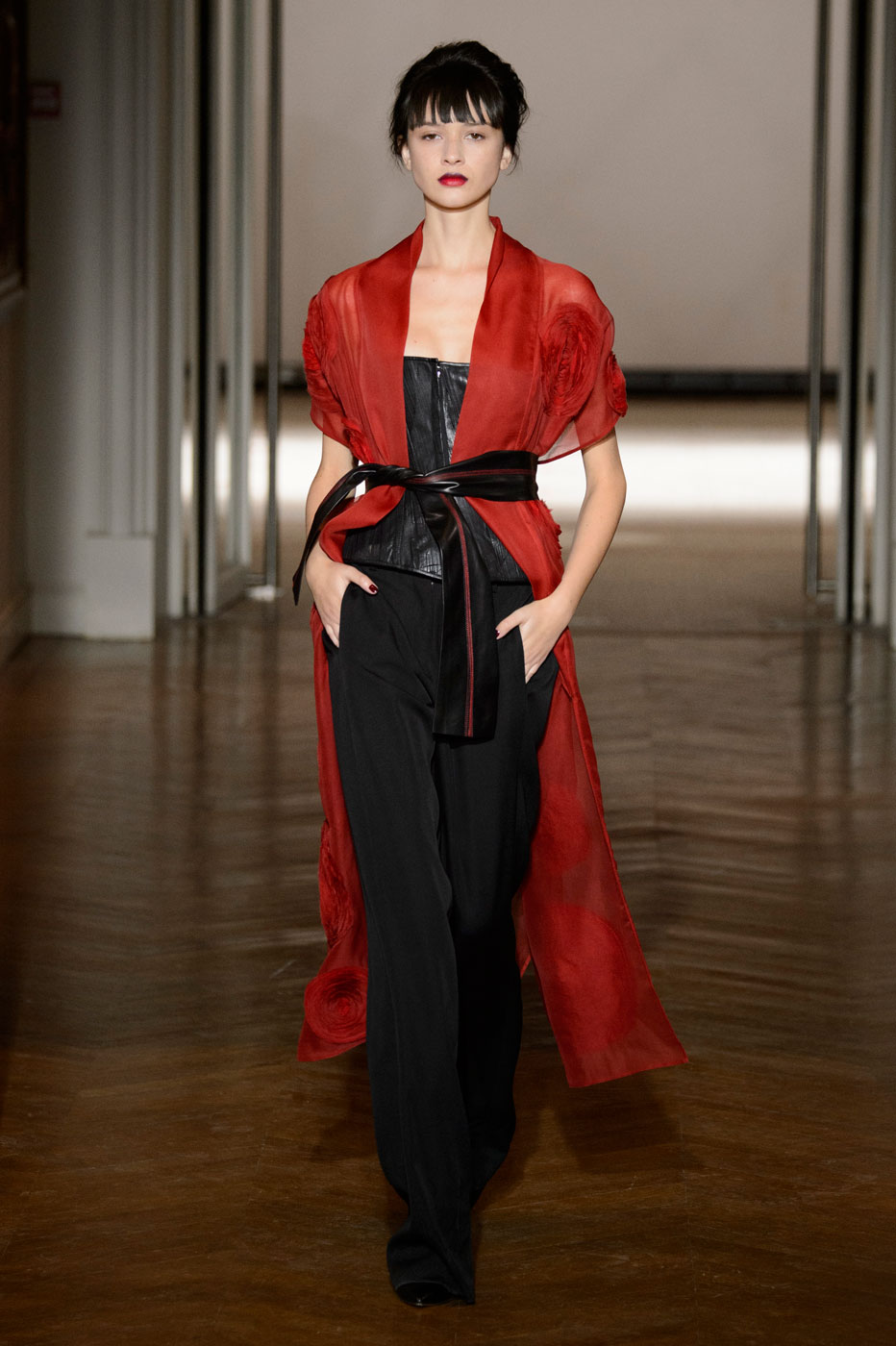 Gustavolins-Prive-fashion-runway-show-haute-couture-paris-spring-2015-the-impression-62