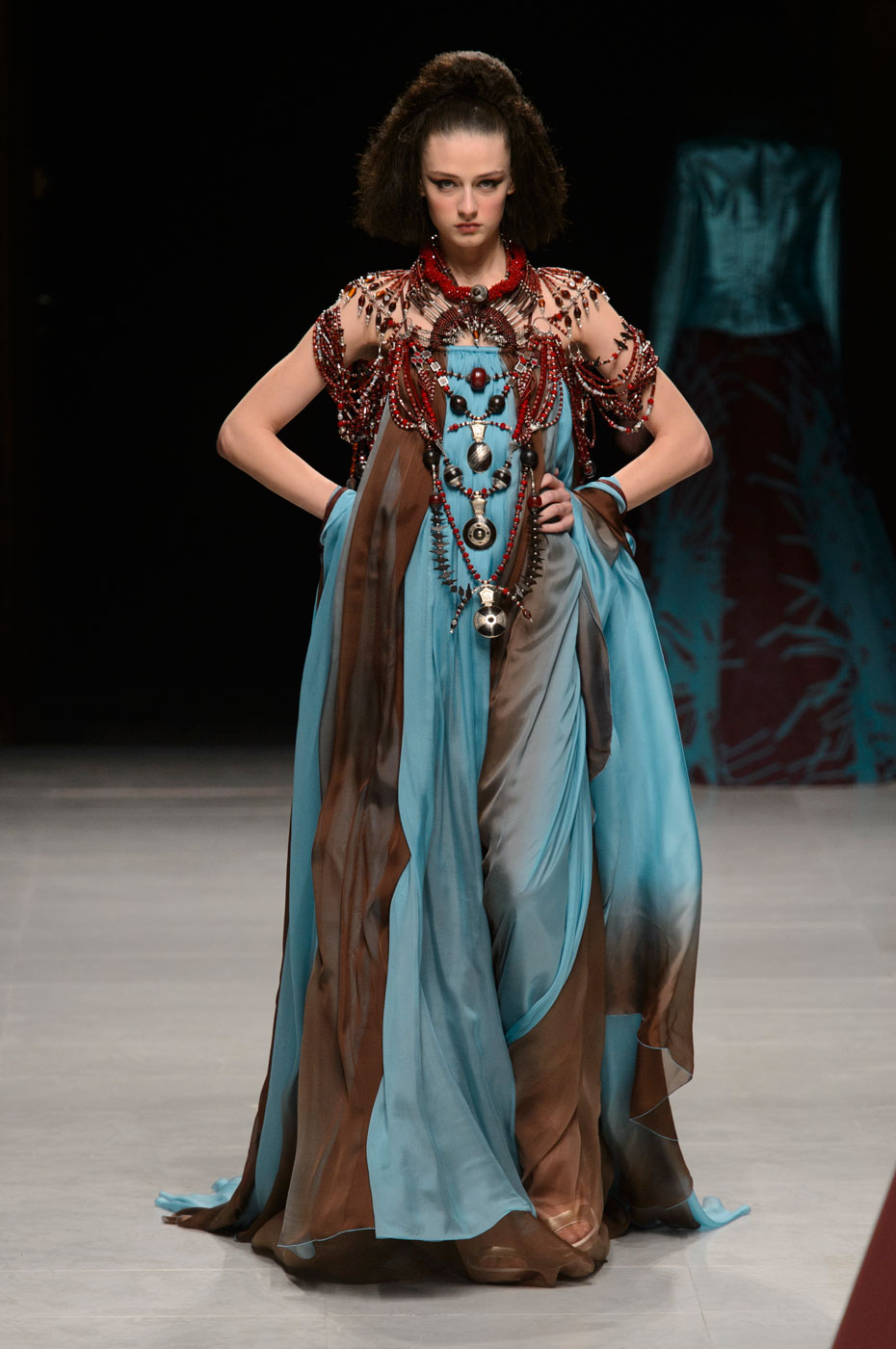 Julien-Fournie-Prive-fashion-runway-show-haute-couture-paris-spring-2015-the-impression-50