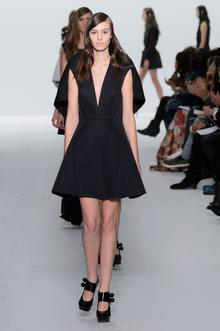 Kayek-fashion-runway-show-haute-couture-paris-spring-summer-2015-the-impression-47