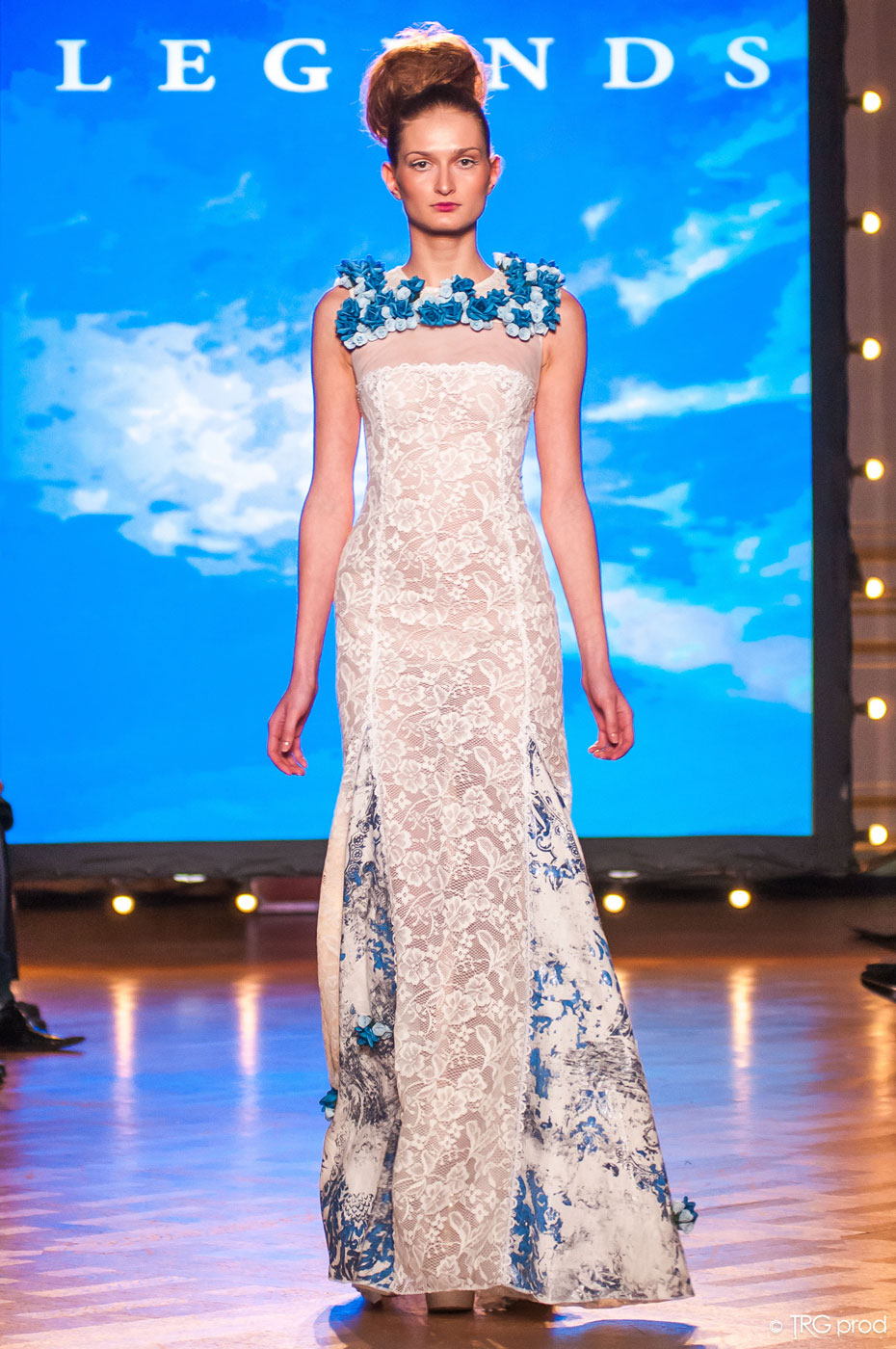 Legends-fashion-runway-show-haute-couture-paris-spring-2015-the-impression-05