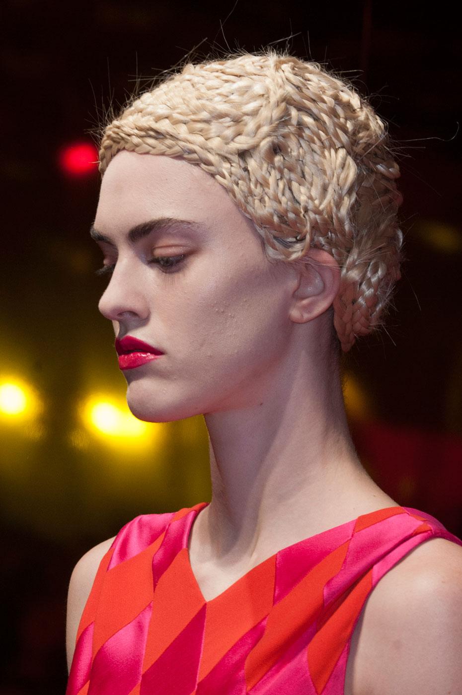 Schiaparelli-fashion-runway-show-close-ups-haute-couture-paris-spring-summer-2015-the-impression-37