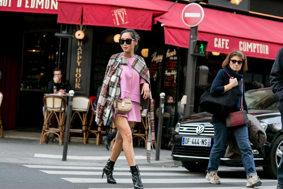 Paris str RF15 4052