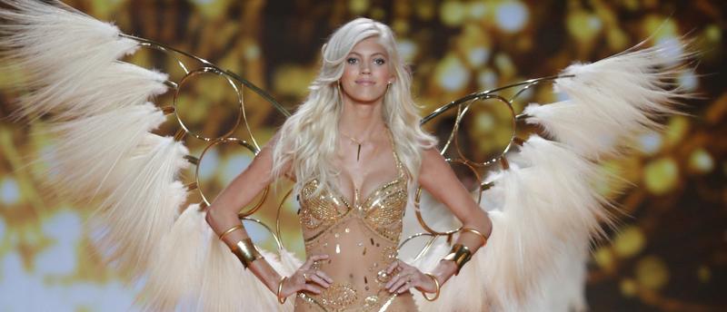 Devon Windsor walks the runway at the 2014 Victoria's Secret Fashion Show in London on December 2nd, 2014